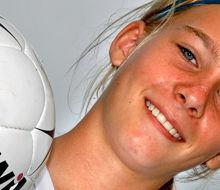 08.08.2006, selina regett, conc. flaesheim, fußballdamen u14  bild: lutz von staegmann / waz